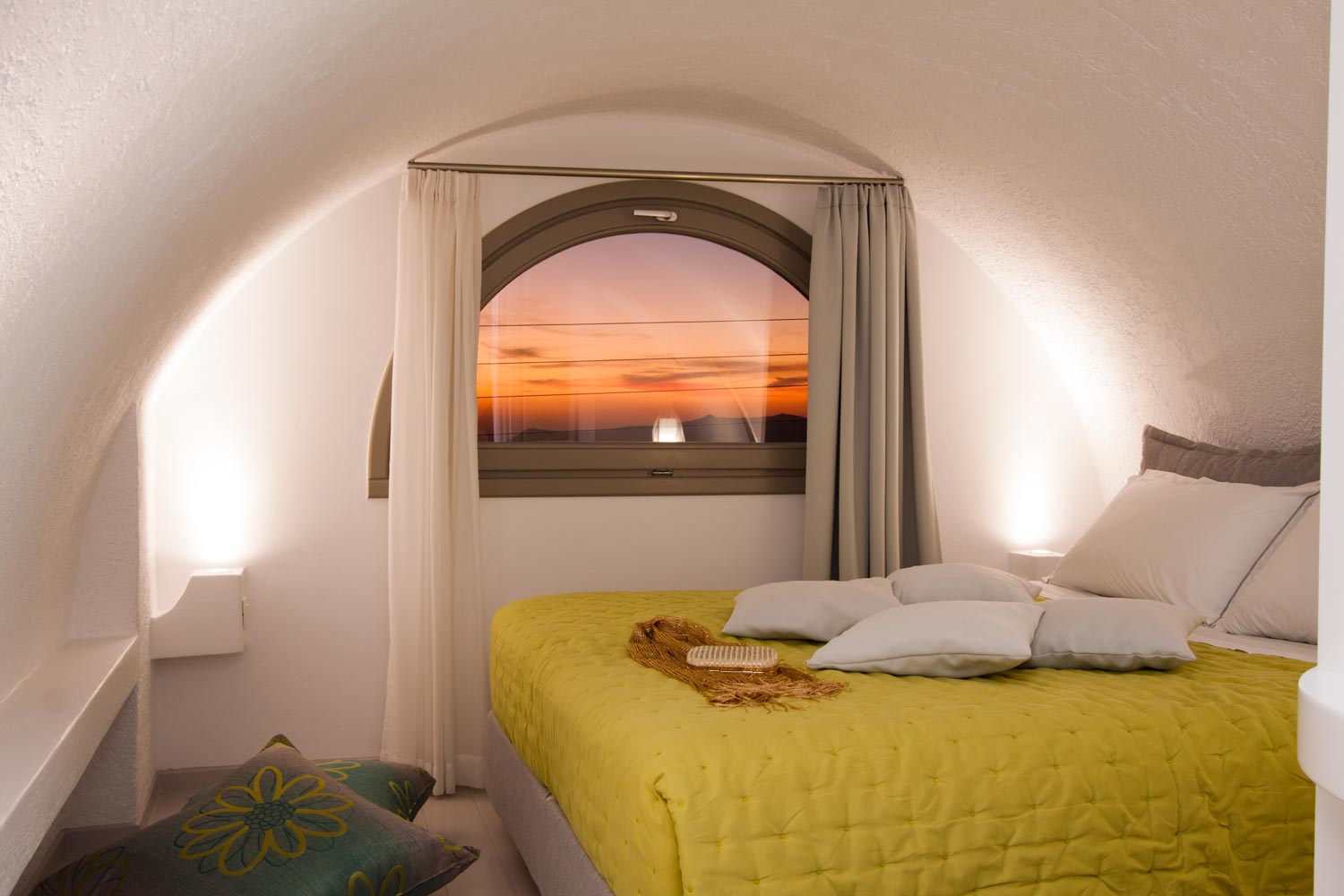 nemesis-accommodation-santorini-island-greece-studio-room5